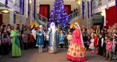 Новогоднее театральное представление для детей